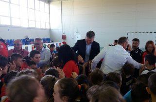 Construim terenuri de sport, în primul rând pentru copiii din Năvodari
