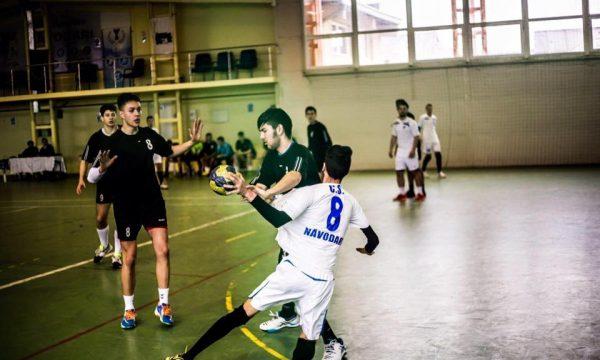 Tinerii handbaliști de la CS Năvodari evoluează duminică pe teren propriu