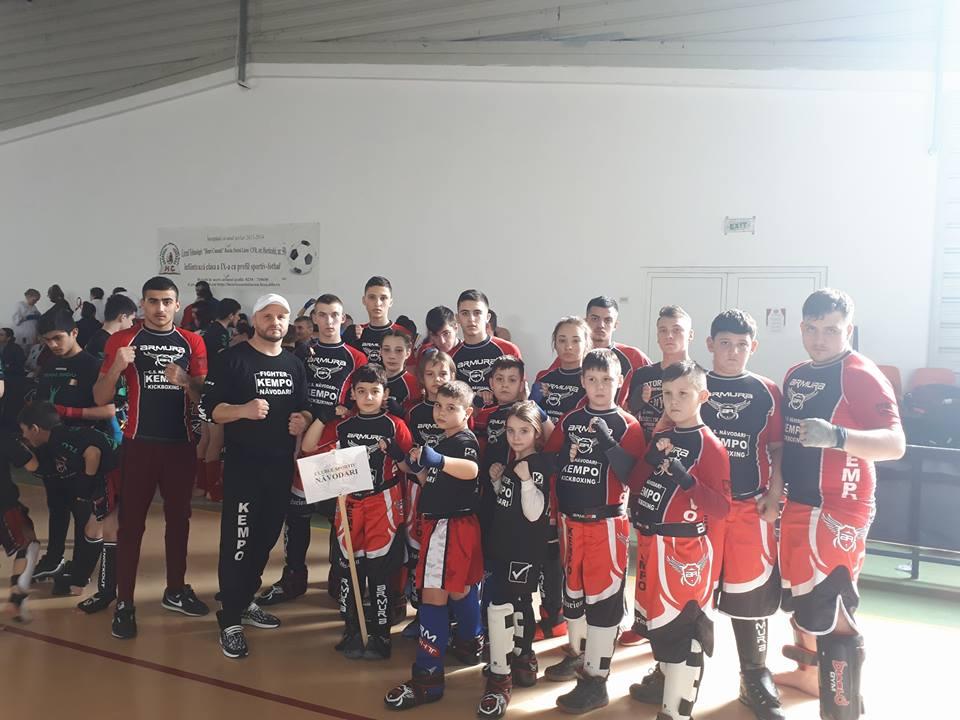 Numeroase medalii câștigate de CS Năvodari la Cupa României de Freestyle Kickboxing