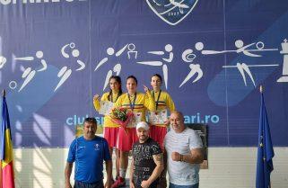 Sportivele de la CS Năvodari au câștigat zece medalii la Campionatul Național de box feminin
