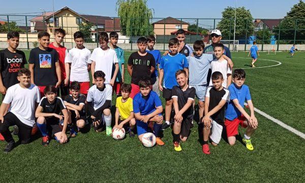 Copiii din Năvodari sunt invitați să practice fotbalul la CS Năvodari