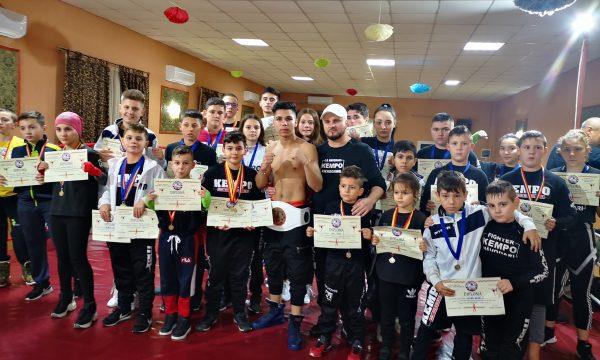 Sportivii de la Kempo CS Năvodari au câștigat 40 de medalii la ultima competiție a anului