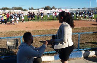 Cerere în căsătorie la meciul CS Năvodari – RC Grivița București