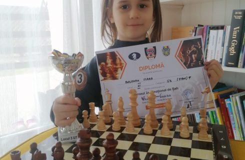 """Medalie pentru Mara Bolohan de la CS Năvodari la """"Cupa Art Satori"""""""